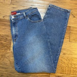 Levi's relaxed stretch 550 jeans 14